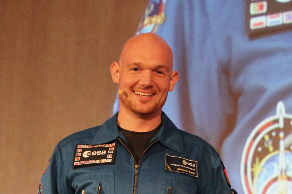 esa-astronaut-alexander-gerst-universitaet-hamburg-2015-andres-lehmann