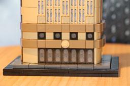 klein-flatiron-building-lego-architecture-set-21023-2015-andres-lehmann