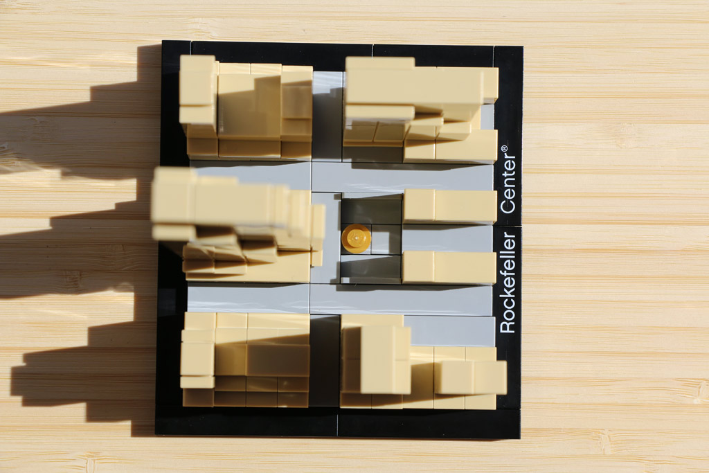 lego-architecture-rockefeller-center-set-21007-new-york-city-manhattan-2015-andres-lehmann