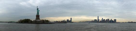 panorama-new-york-city-freiheitsstatue-2014-andres-lehmann