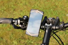 finn-halterung-smartphone-lg-nexus-5-2015-andres-lehmann