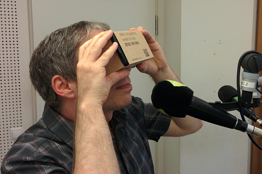 andres-radio-studiogast-bolze-virtual-reality-brille-2015-andres-lehmann
