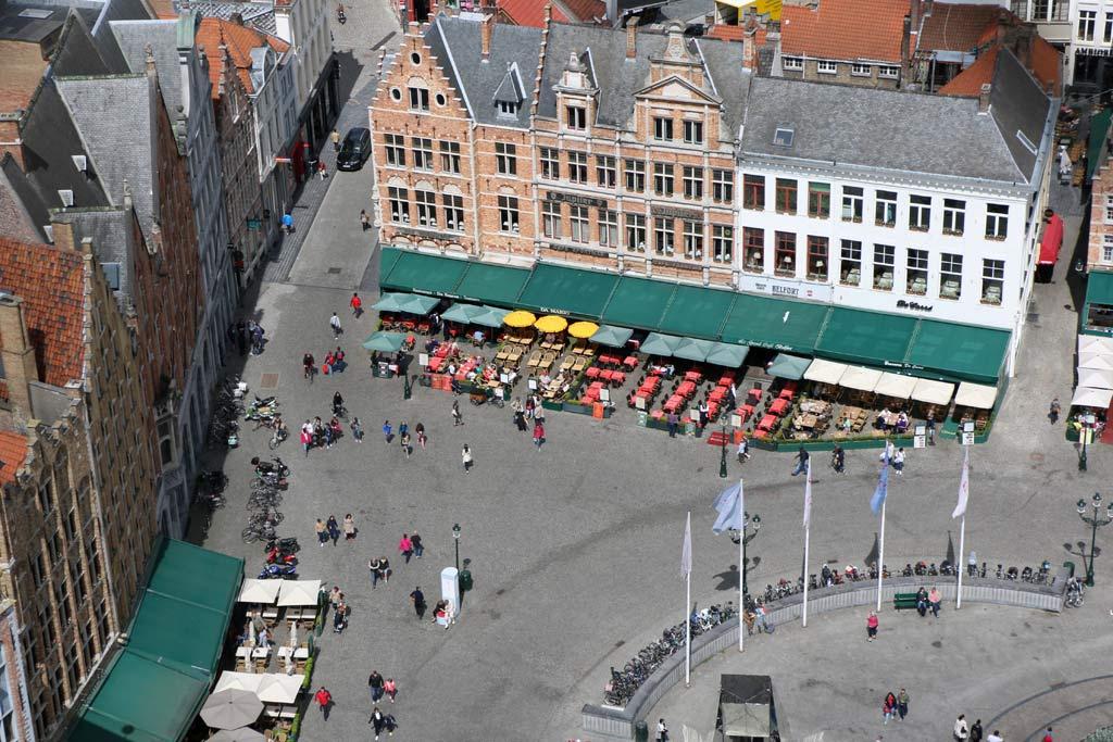 bruegge-belgien-marktplatz-vogelperspektive-reise-2015-andres-lehmann