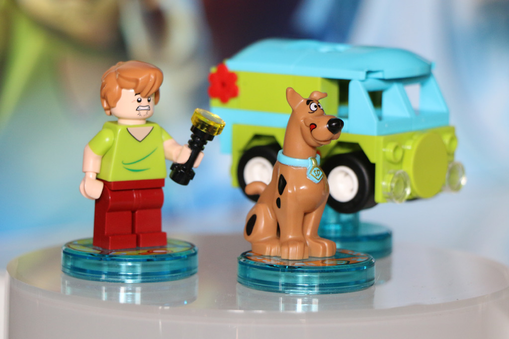 shaggy-scooby-doo-team-pack-lego-dimensions-2015-andres-lehmann