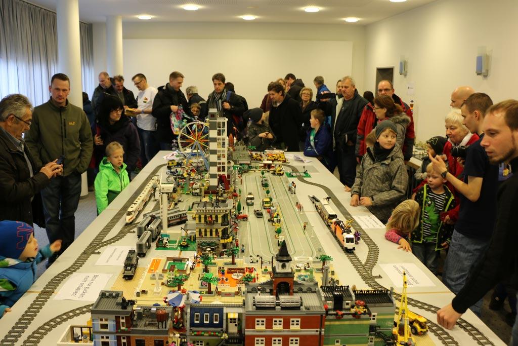 lego-ausstellung-zusammengebaut-2015-city-borken-hessen-andres-lehmann