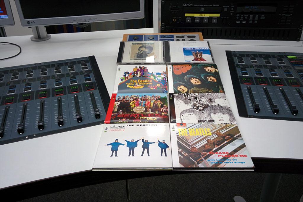 andres-radio-studio-1-tide-beatles-cds-2016-ukonio-andres-lehmann