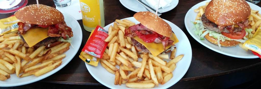 Drei Tester, drei Burger | © Andres Lehmann