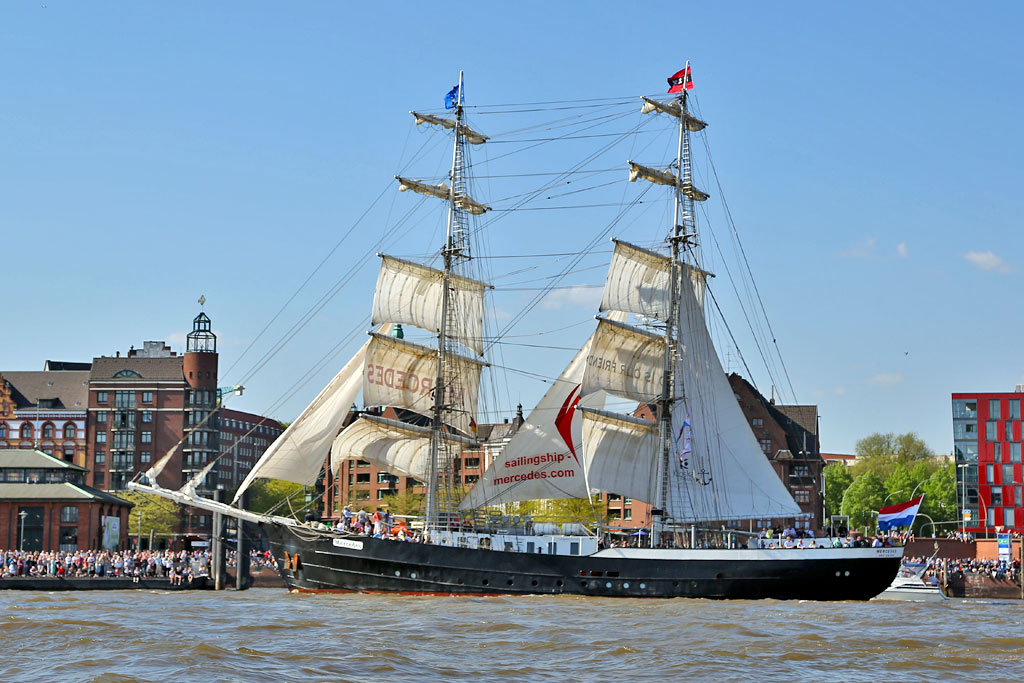 300 Schiffe, darunter viele Windjammer, waren zu Gast | © http://foto-burmester.de