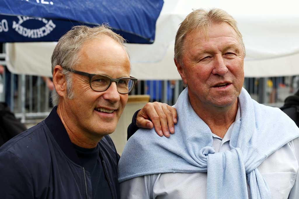 Reinhold Beckmann und Horst Hrubesch | © http://foto-burmester.de