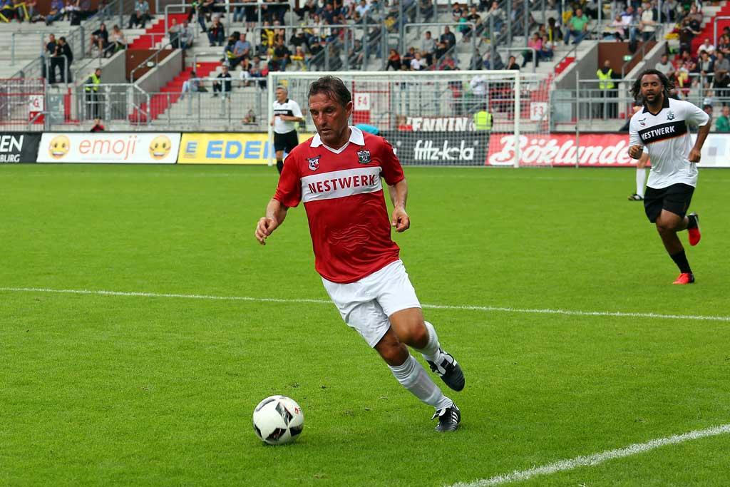 Bruno Labbadia mit einer Extra-Trainingseinheit | © http://foto-burmester.de